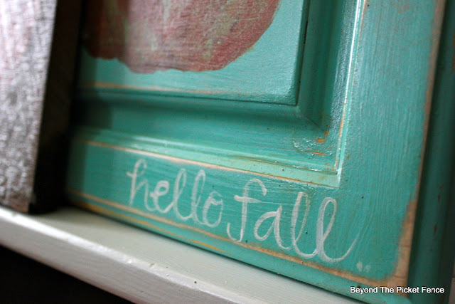 hello fall, hand-lettered sign, pumpkin sign, upcycled. https://goo.gl/nISyuY