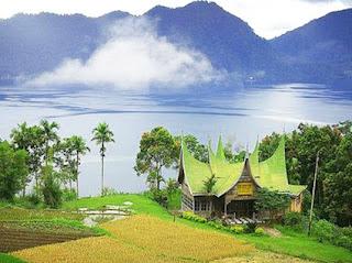 Kumpulan-Lirik-Lirik-Lagu-Daerah-berasal-dari-Sumatera-Barat-yang-Populer