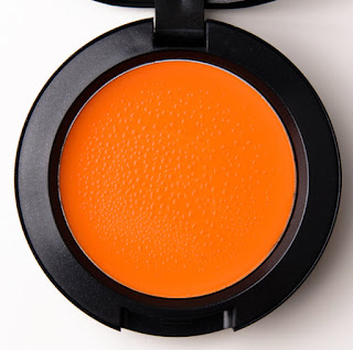 How To Select Makeup For Dark Skin Tone - Blush