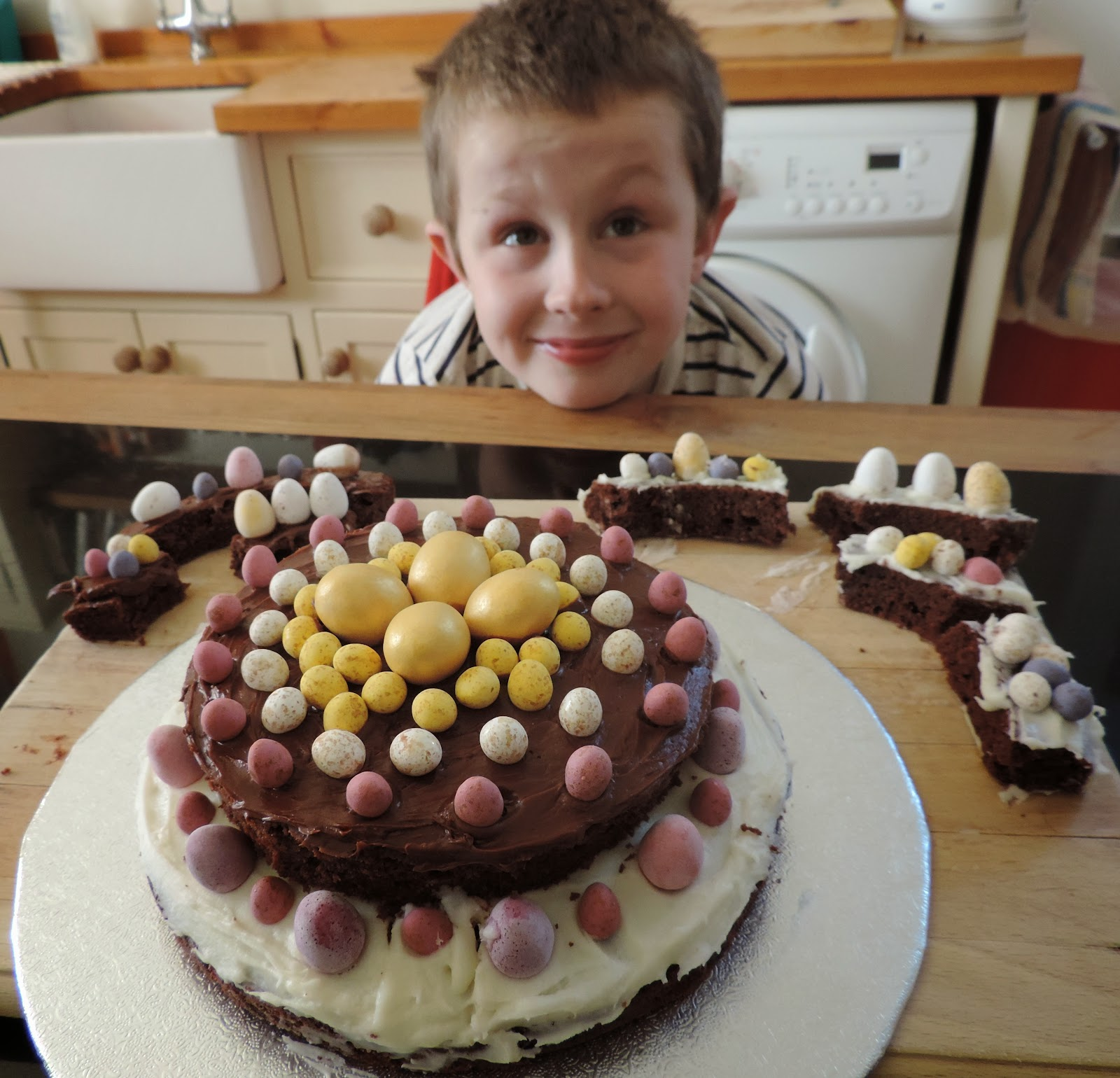 easter cake for school cake fair