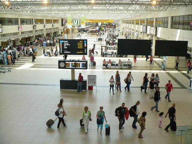 مطار انطاليا الدولي