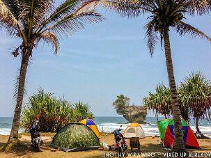 Harga Paket Camping Di Pinggir Pantai Madasari