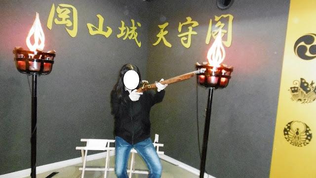岡山城の場内での火縄銃体験