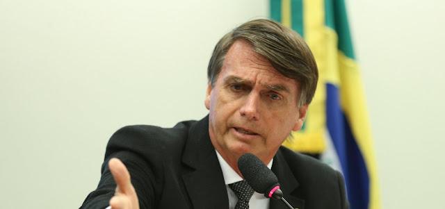 Bolsonaro viaja hoje para Brasília e se reúne com autoridades
