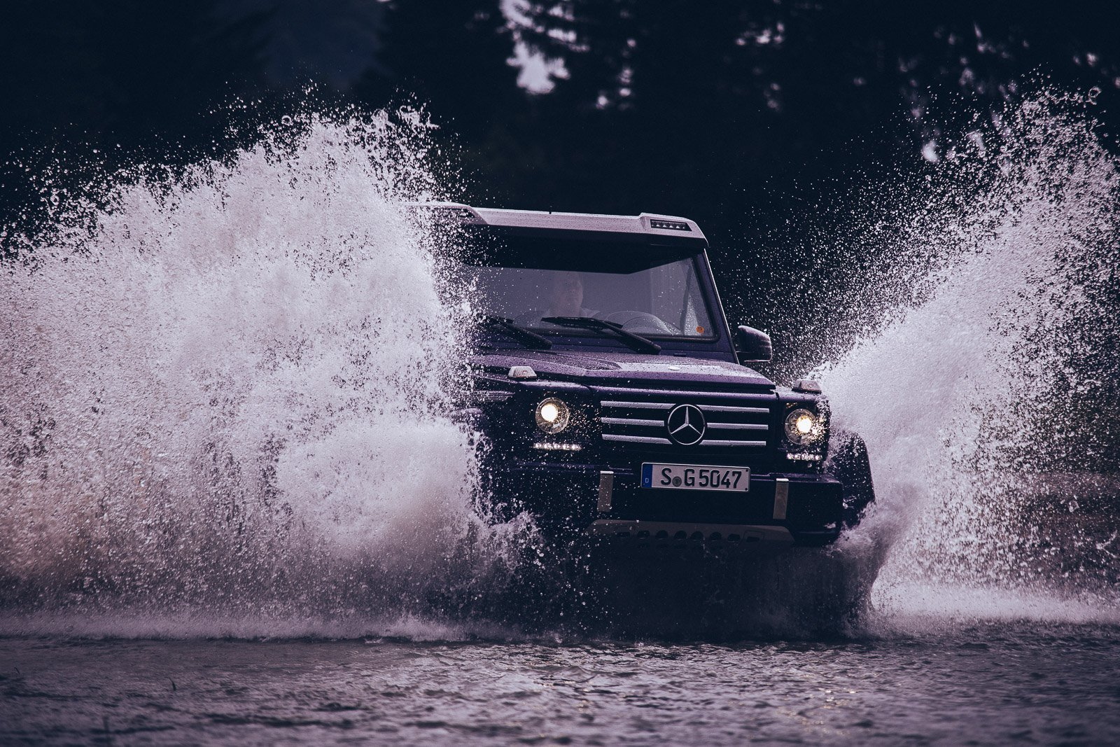 Mercedes Benz G500 4×4²