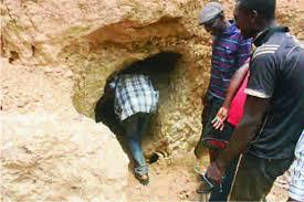 Plateau mine collapse