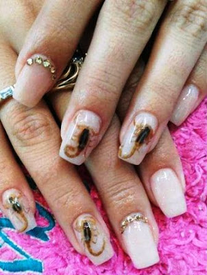 SCORPION nail art trend 2017