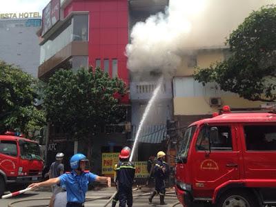 Lực lượng cảnh sát PCCC đã khống chế được ngọn lửa