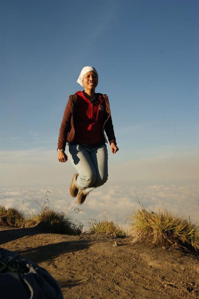Jump at Plawangan Sembalun an latitude 2639 meter of Mount Rinjani