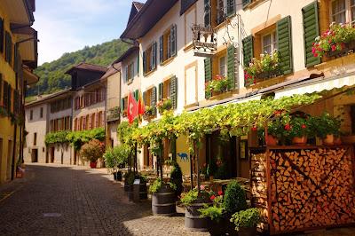 Le Chameau Bleu - Twann - Suisse Tourisme