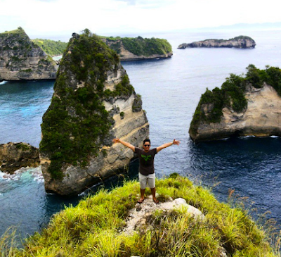THE HILL OF THE TELETUBBIES IN NUSA PENIDA