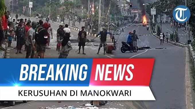 [BREAKING NEWS] Kerusuhan di Manokwari Papua, Gedung DPRD Dibakar