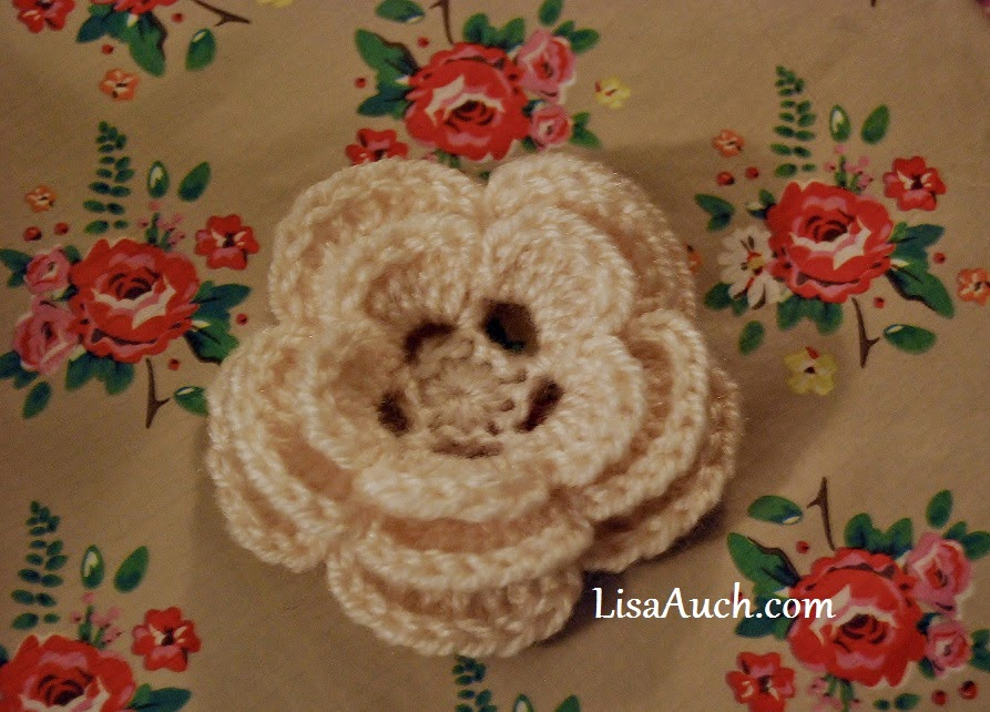 free crochet flower pattern easy crochet flower with 3 layers.