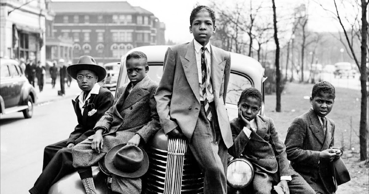 """Chicago 8/"""" x 10/"""" Photo 1941  Negro Boys on Easter Morning Southside"""