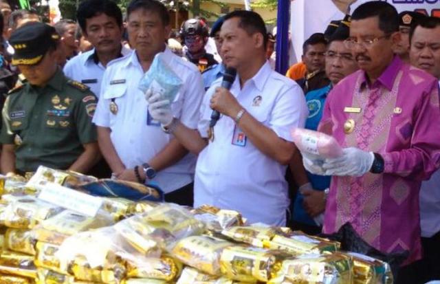 """""""Beli Sekilo Sabu dari China Rp 200 Juta, di Indonesia Dijual Rp 2 Miliar"""""""