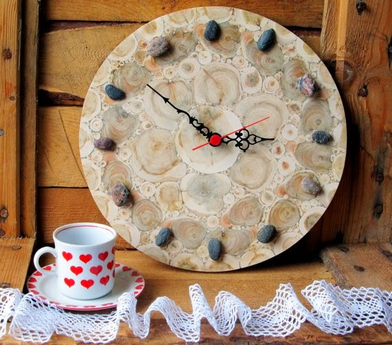 https://www.etsy.com/listing/180072937/juniper-wood-clock-round-clock-natural?ref=favs_view_9