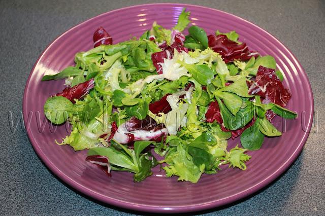 рецепт салата с креветками, черри и моцареллой с пошаговыми фото