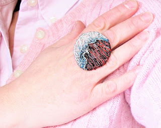 Silver disc ring, mood ring, big ring