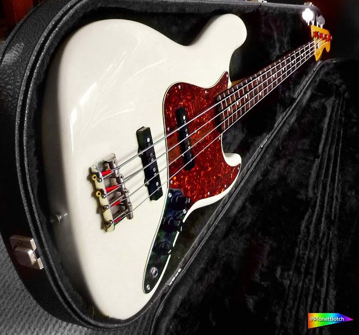 Fender Jazz Bass Vintage White