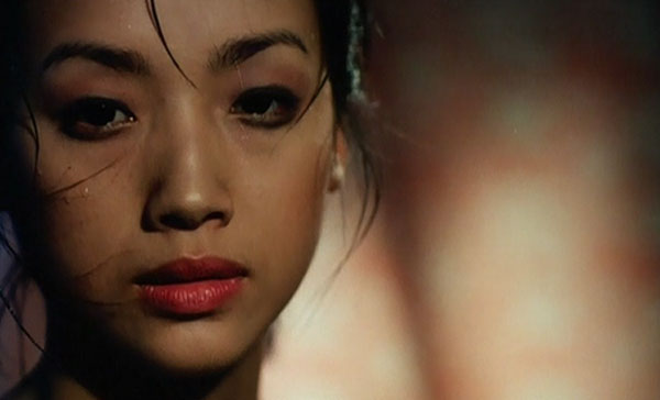 Review: INTRUDER 恐怖雞 (1997)