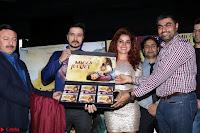 Pia Bajpai and Darshan Kummar Launching the Music of movie Mirza Juuliet 009.JPG
