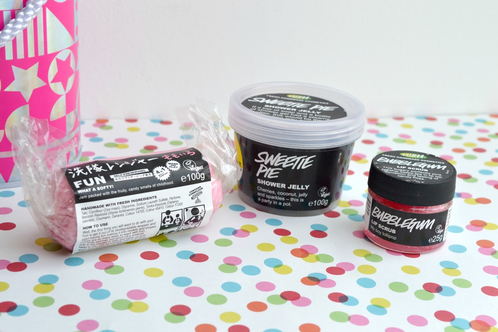 Lush: Sweetest Thing Gift! Pink Fun, Sweetie Pie Shower Jelly, Bubblegum lip scrub
