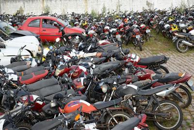 MOTOCICLETAS APREENDIDAS PODEM SER RETIRADAS GRATUITAMENTE NO DETRAN-CE