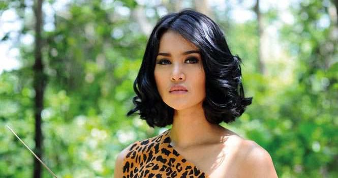 Abg Montok Foto Wiwid Gunawan Majalah Popular: Keindahan Dunia: Laras Monca Model Majalah Popular World