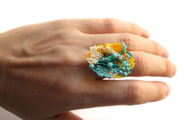 яркое крупное кольцо женское купить онлайн подарок девушке хиппи