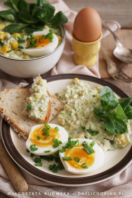 wielkanocne potrawy, co podać na Wielkanoc, dania na wielkanocny stół, sałatki na Wielkanoc, co zrobić z jajek na Wielkanoc, daylicooking, sniadanie wielkanocne
