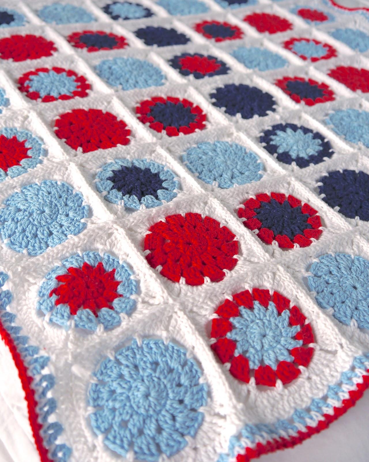 Make it // Crochet Cotton Baby Blanket (circle in square) - Sarita ...