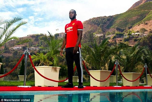 Màn ra mắt ấn tượng của Lukaku trong màu áo MU