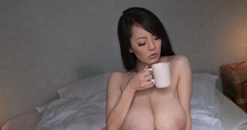 Hitomi Tanaka Naked Pictures 91