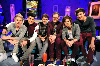 One Direction appear on Alan Carr Chatty Man   One Direction