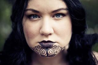 8 Tradisi Kecantikan Paling Aneh Didunia