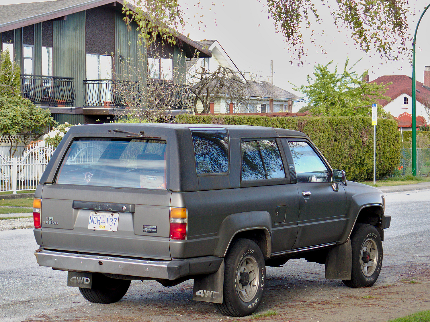 old parked cars vancouver 1988 toyota 4runner sr5. Black Bedroom Furniture Sets. Home Design Ideas
