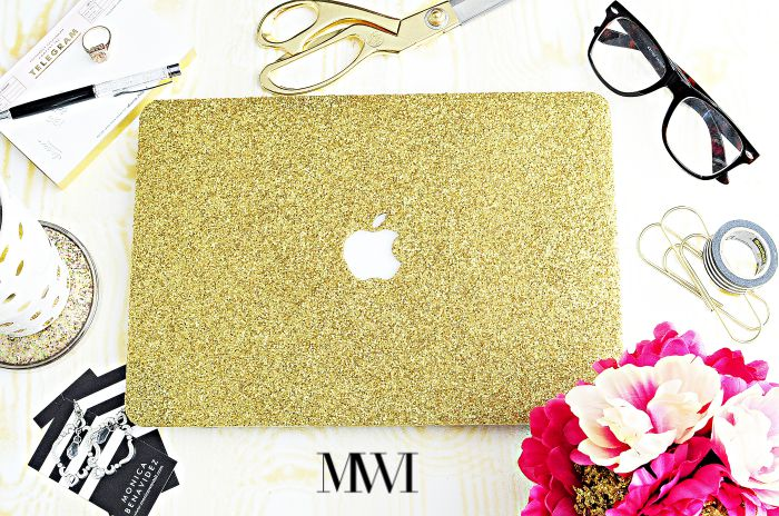 Need a case for your MacBook? This gold MacBook case from Embri shop is glam and functional. Check out a full review at monicawantsit.com