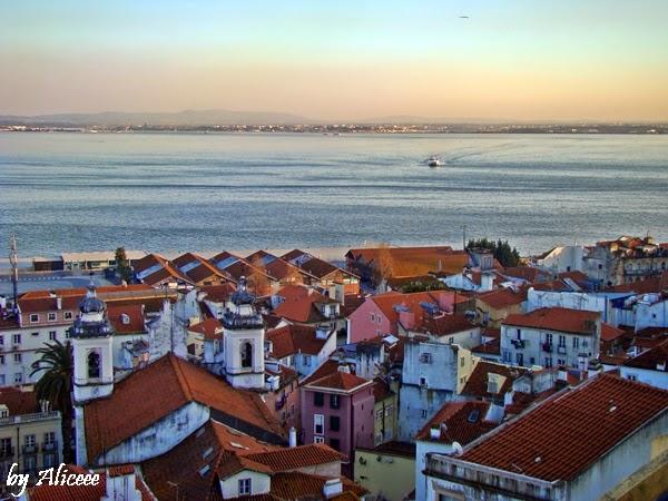 portugalia-lisabona-vedere-frumoasa-tejo