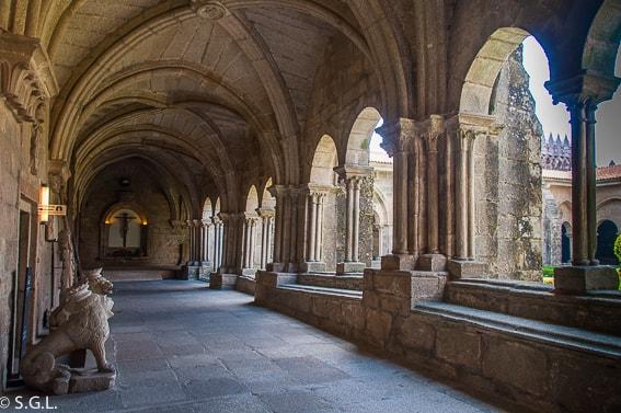 Claustro catedral de Tui. Pontevedra