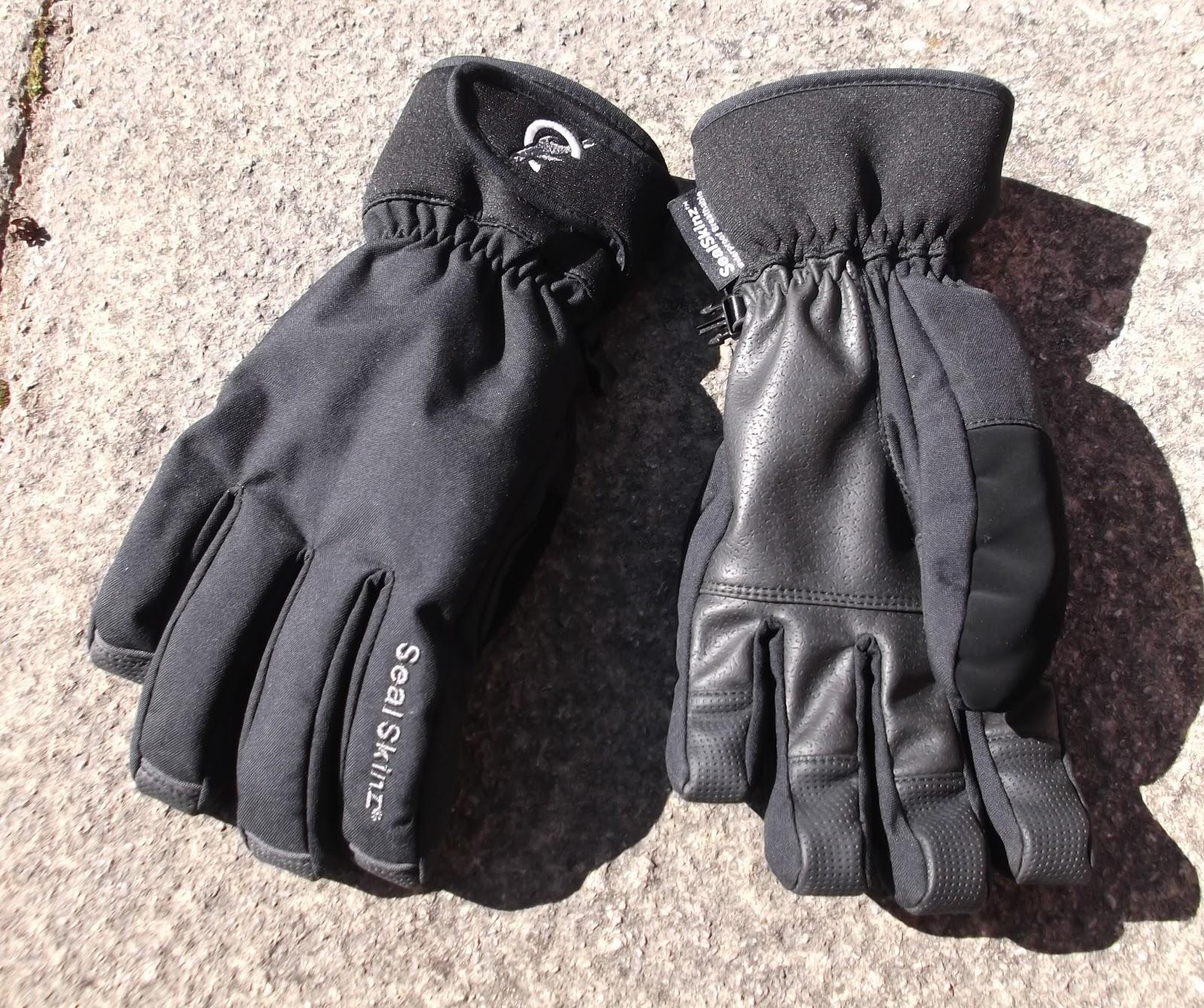 efc0122370c59 Fell finder sealskinz winter gloves review JPG 1600x1339 Sealskinz  waterproof gloves review
