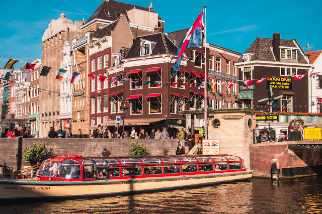 canale-amsterdam-1-poracci-in-viaggio-credit-to-@wanderlustabout