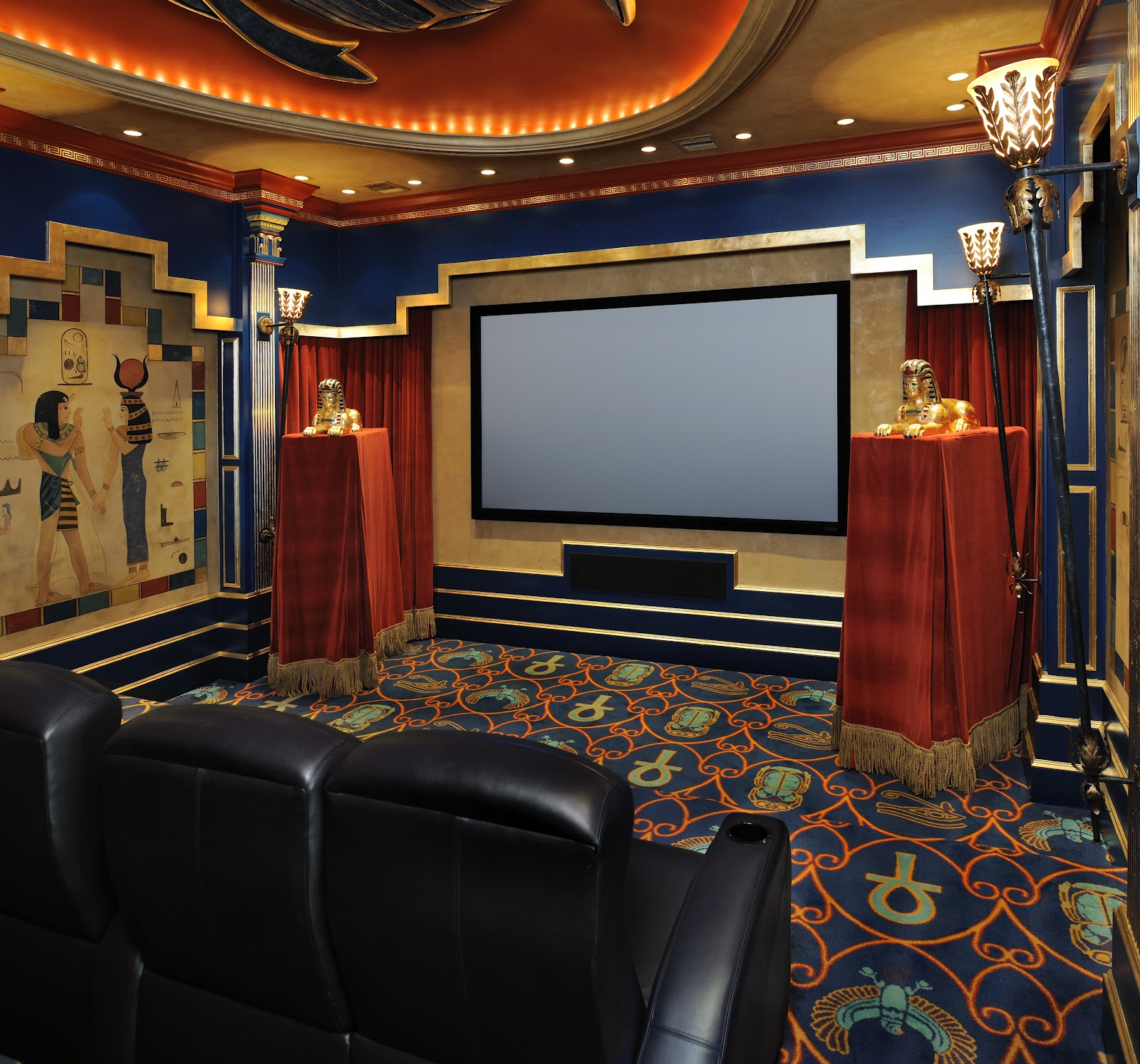 Custom Home Theater Rooms: Sonic Synergy: Most Luxurious Custom Home Theatres