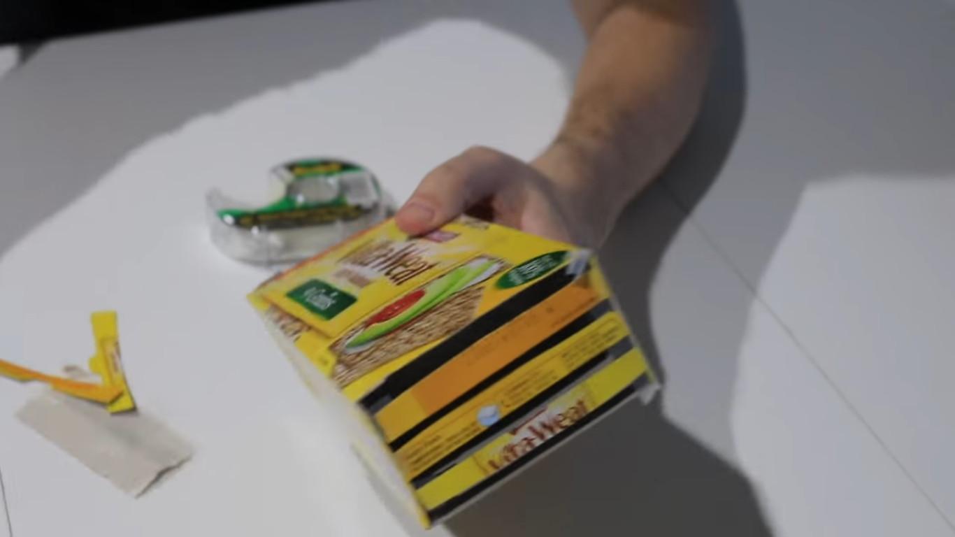 Готовый модификатор для вспышки из коробки для печенья