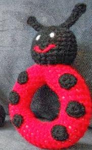 http://translate.googleusercontent.com/translate_c?depth=1&hl=es&rurl=translate.google.es&sl=en&tl=es&u=http://crochetliens.hubpages.com/hub/Ladybug-Baby-Toy&usg=ALkJrhg-ljGJEpzCH-D5rtblBZ8PghFInQ