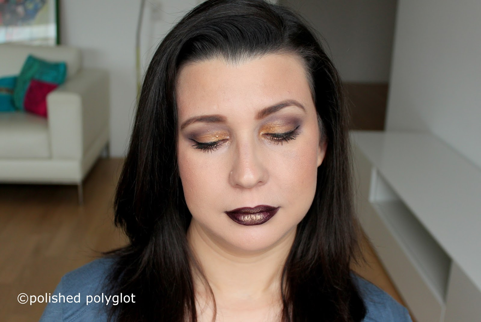 Applique Exterieur Jumbo Makeup Look In Tyrian Purple And Gold Glitter Monday