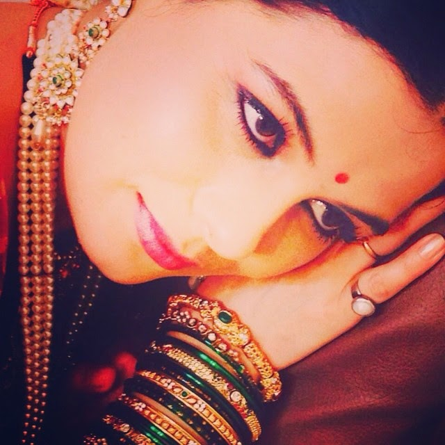 geetanjali tikekar , anjali , is spy a arko ky ana am do one kb ar r phi , star plus , tv show , tv serial , telly wood ,, Geetanjali Tikekar Hot pics, Marathi Actress in Lanavi Saree