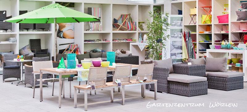 Moderne Möbel im Gartenzentrum Wörlein