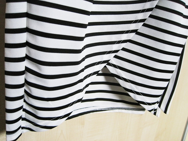 http://www.shein.com/Black-White-Spaghetti-Strap-Striped-Slim-Dress-p-265382-cat-1727.html?utm_source=marcelka-fashion.blogspot.com&utm_medium=blogger&url_from=marcelka-fashion