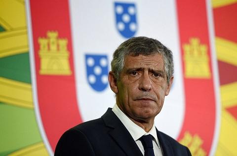 Santos nhậm chức ở ĐTQG Bồ Đào Nha và bắt đầu cho cuộc cải tổ.