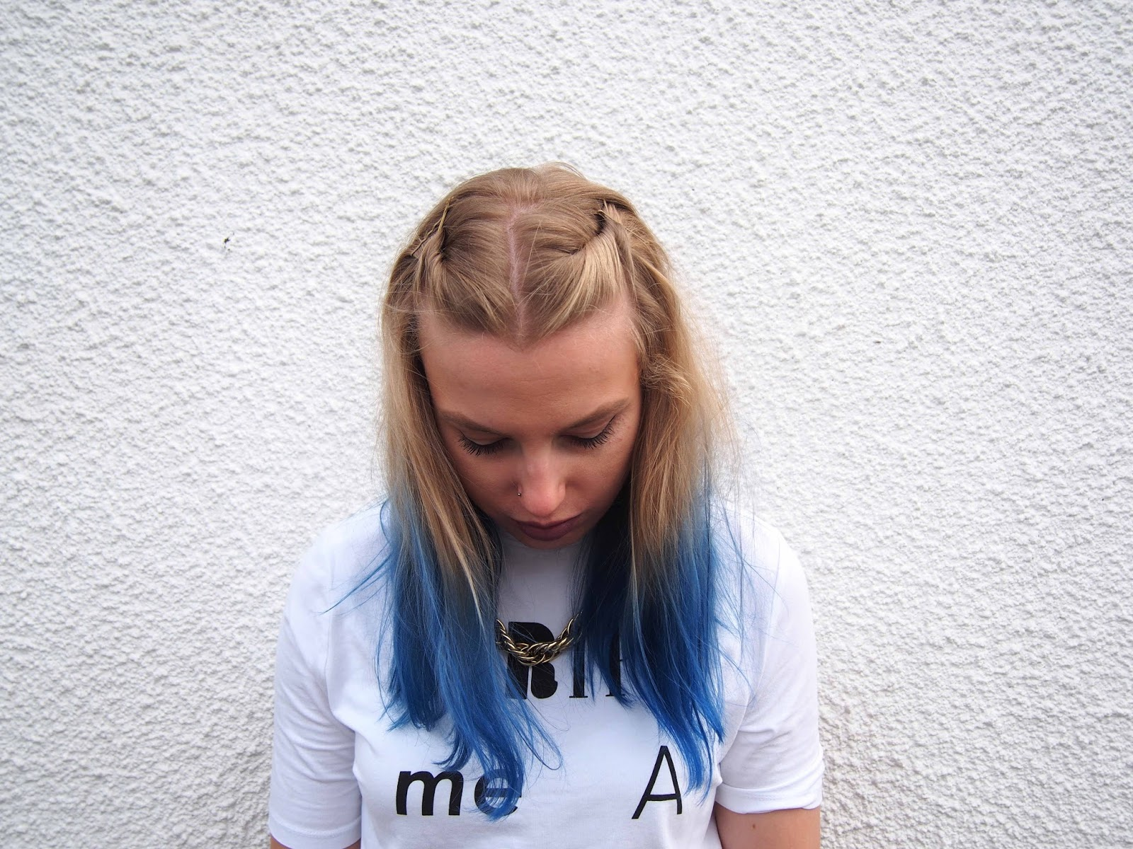 how to do colourful blue ombre, salon ready professional ombre at home, how to dye your hair blue, blue hair, blue hair dye, blue ombre, arctic fox poseidon